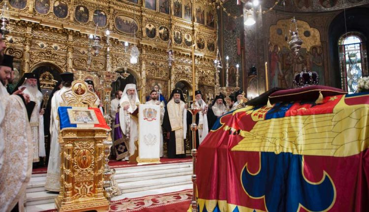 funerarii_rege_reportaj_catedrala_1