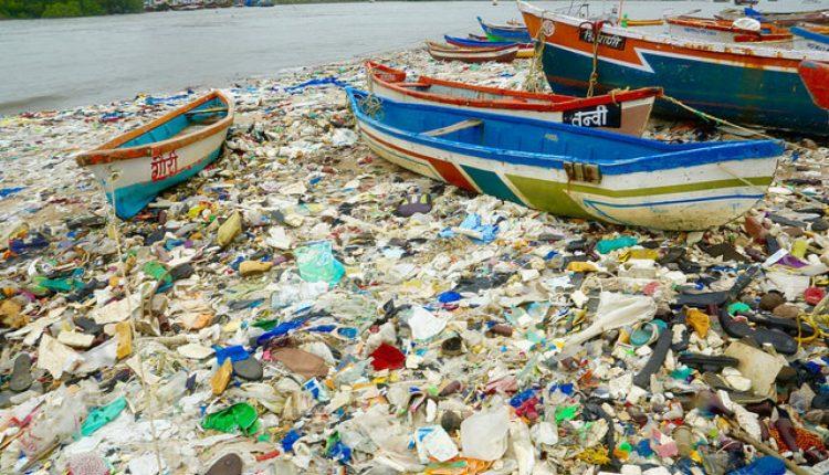 poluare_martie_28_plastic