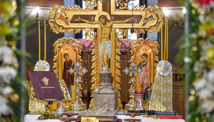 Altar-Biserica-Domneasca-Curtea-Veche-Postul-Mare-1-martie